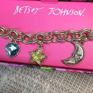 BETSEY JOHNSON Moon Star Heart Charm Bracelet NIB